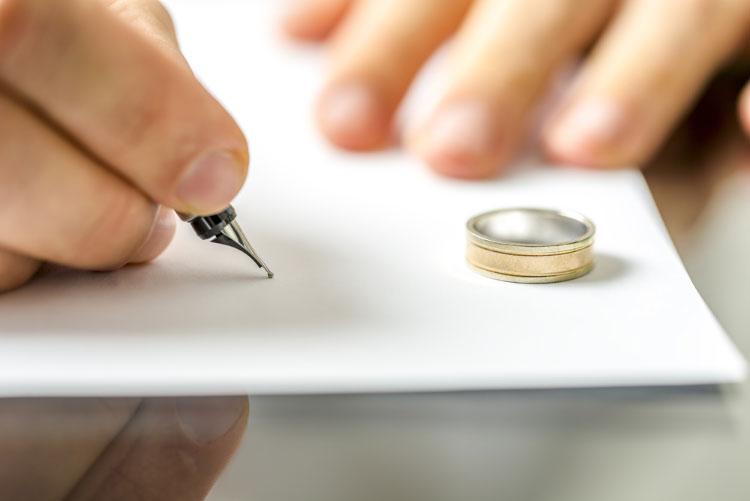 Divorce Amandine Gaubour Szponarowiez